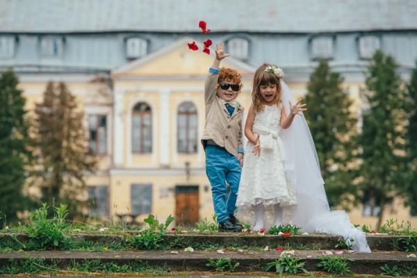 5 ideias fáceis para entreter crianças no seu casamento