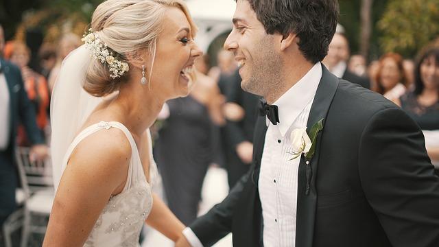 Como envolver o noivo nos preparativos do casamento?