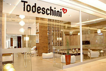 Todeschini Golden Square Shopping